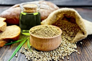 Top 8 health benefits and uses of hemp oil and seeds
