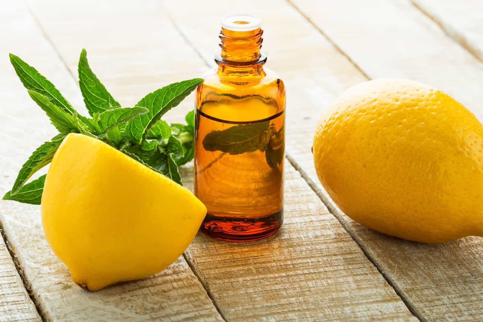 The Top 6 Proven Benefits and Uses of Lemon Essential Oil