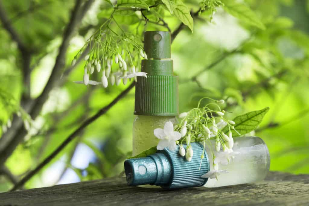 How to Choose Your Essential Oil Spray Bottles