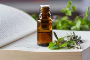 The Best of the Aromatherapy and Essential Oils Books