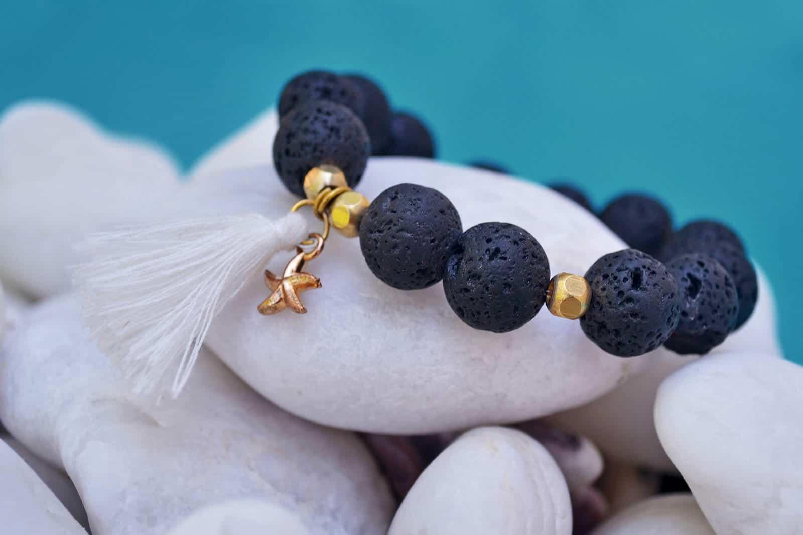 wellnessaromas-aromatherapy_essential-oil_diffuser-bracelet